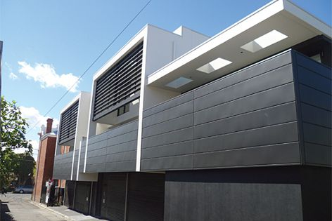 This apartment block in Melbourne uses Accoya for its cladding.