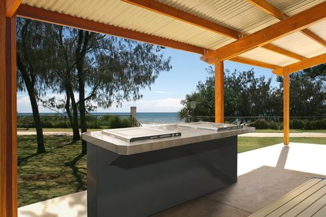 The Town & Park wheelchair-accessible barbecue enables users to use the cantilever design to position themselves close to the hotplates for easy cooking.