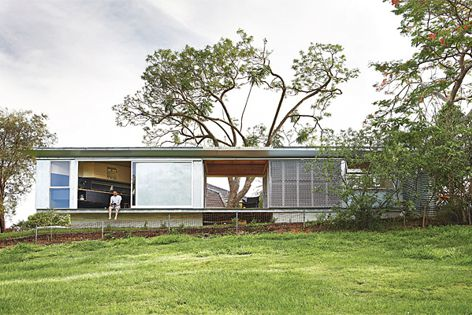 Keperra House by A-CH. Photography: Alicia Taylor.