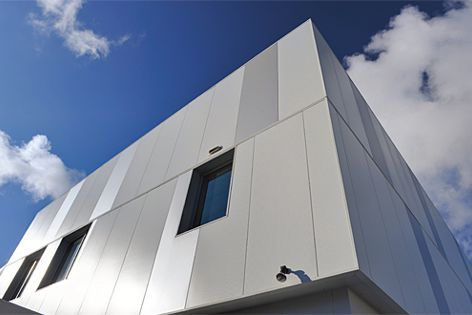 The span of Kingspan wall panels means that less structural supports are required to mount them.