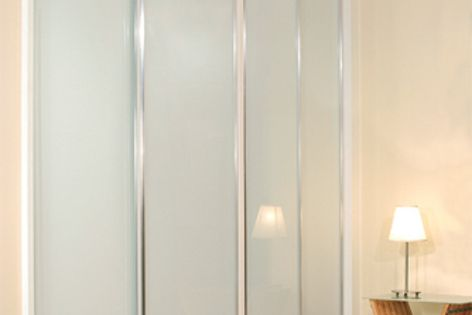 A vinyl backing applied to the painted glass gives Viridian's DécorPanel Grade A safety-glass protection.