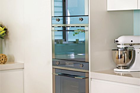 Linear cooking appliances by Smeg