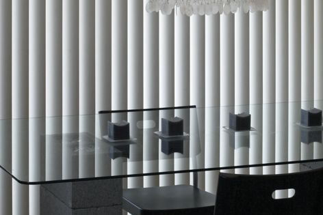 Elegant and durable vertical blind system