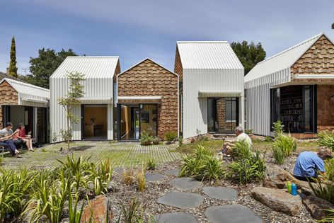 Tower House by Andrew Maynard Architects. Winner: House Alteration and Addition over 200 m2. Photograph: Peter Bennetts.