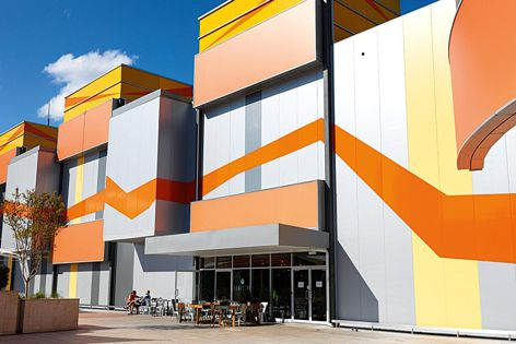 MetecnoInspire insulated panels can be used to achieve bold and colourful external facades. The panels can also be used on the interior to create clean and practical painted surfaces.