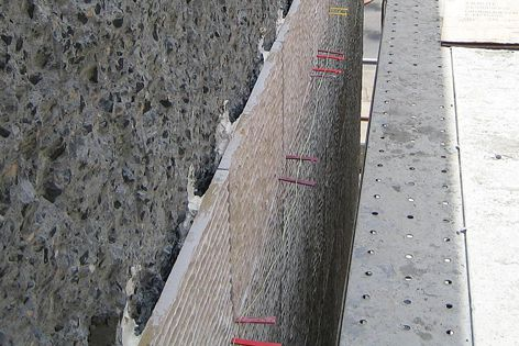 Latapoxy 310 Stone Adhesive is specially formulated for spot bonding large-format tile and stone on vertical surfaces.