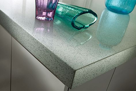 Recycled surface Eco is available in 10 colours and in different sizes and thicknesses.