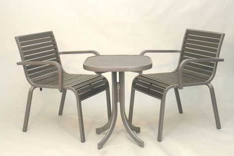 Eureka outdoor furniture is made to withstand high winds and heavy traffic, making it ideal for commercial and residential use.
