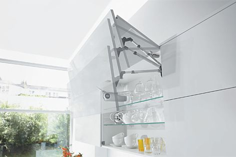 The Senso-Drive lift system enables easy opening of kitchen cupboards.