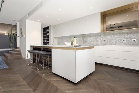 The distinctive chevron pattern is clean, smooth and angular.