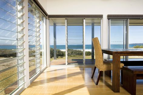 Series 525 Louvremaster louvres are dramatic addition to commercial and residential projects.