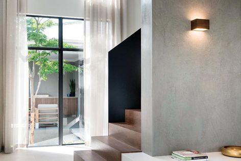 The luxurious Dulux Venetian plaster collection is available in satin, matt and metallic finishes.