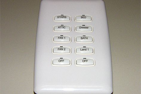 The Philips Dynalite DL2P user control panel.