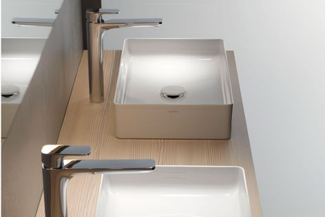 Cityplus taps by Laufen are sleek and contemporary with a pure, flat design and horizontal proportions fit for cosmopolitan living.