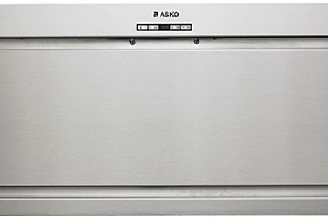 Asko's CC4840 rangehood is equipped with twin halogen lights and forced perimeter extraction.