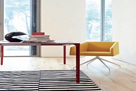 Nuur table by Arper