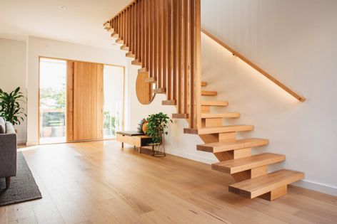 Australian Sustainable Hardwoods' Australian Oak engineered flooring is a highly stable flooring solution of stunning architectural appearance.