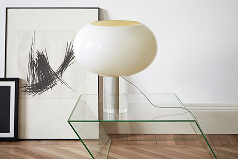 Hand-blown artisanal glass makes each piece in Foscarini's Buds lighting collection unique.