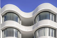 Curved glass at Tzannes' Bondi Beach project
