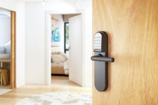Electronic lock for secure access control