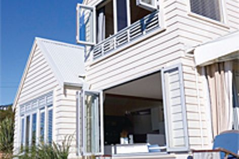 Linea weatherboard is made from Scyon - advanced cement composite that resists warping & weathering.