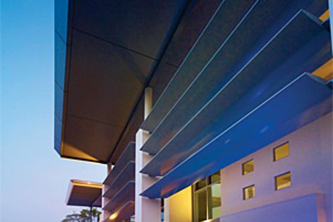 The fixed louvre range by Alspec is available in blade sizes from 70 mm to 600 mm.