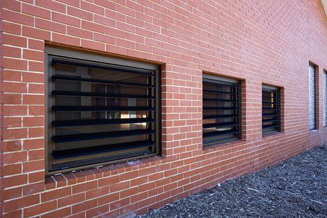 Safetyline Jalousie louvre windows