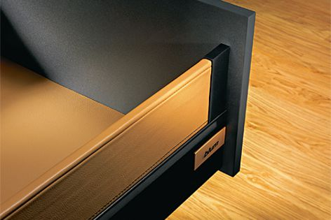 The Tandembox Intivo drawer system offers many creative accents.
