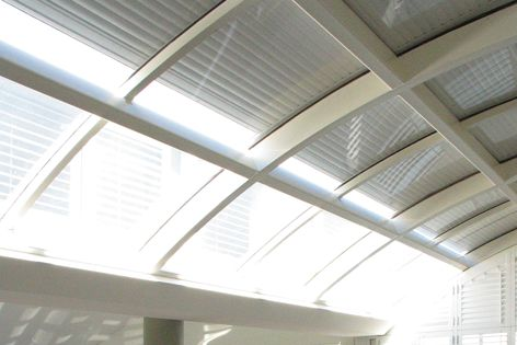 Blockout roller shutters make insulation of curved surfaces possible.